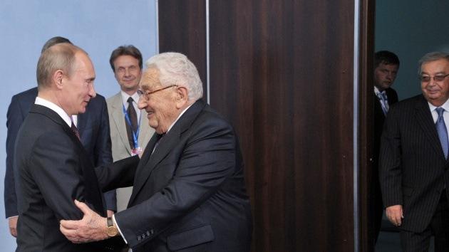 Kissinger: Incitar el conflicto en Ucrania nunca estuvo en los planes de Putin