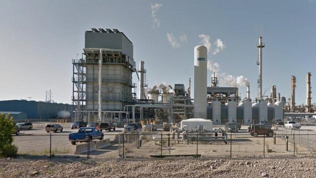 EE.UU.: Reportan explosiones en una refinería de petróleo en Lemont, Illinois