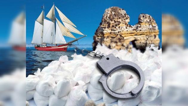 Policía española intercepta alijo en alta mar con 1,5 toneladas de cocaína
