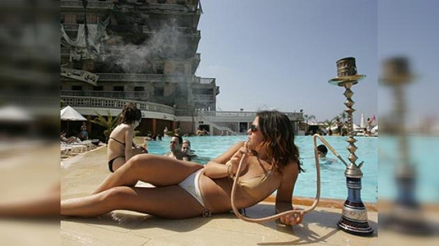 Fumar en pipa de agua puede causar cáncer de pulmón