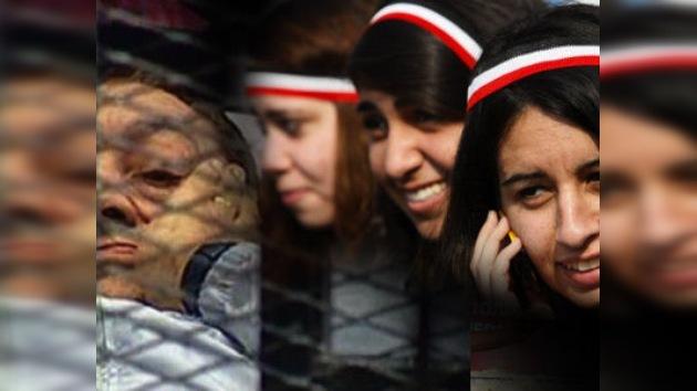 La declaración de inocencia de Mubarak triunfa en los teléfonos egipcios