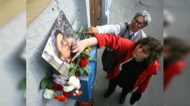 Trasladan a Moscú al presunto organizador del asesinato de Politkóvskaya