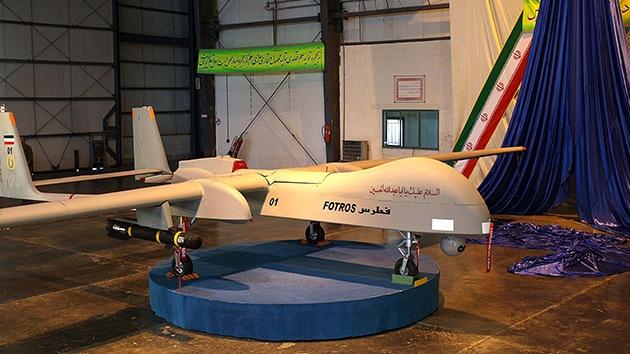 Irán presentó un nuevo avión no tripulado capaz de alcanzar Israel