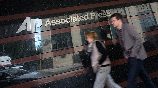 Menos periodistas, más robots: el nuevo lema de la agencia AP