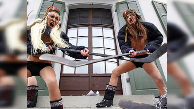 FEMEN le pone el pecho a la defensa de los derechos humanos en Bielorrusia