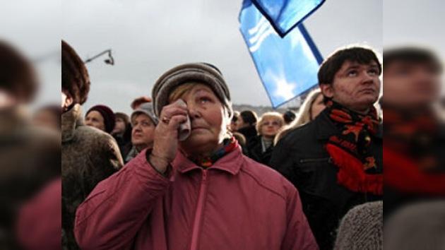 Miles de personas protestan contra el terrorismo en Moscú y San Petersburgo