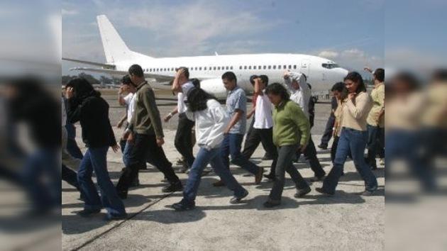 Guatemala anuncia un programa de defensa legal de sus ciudadanos en EE. UU.