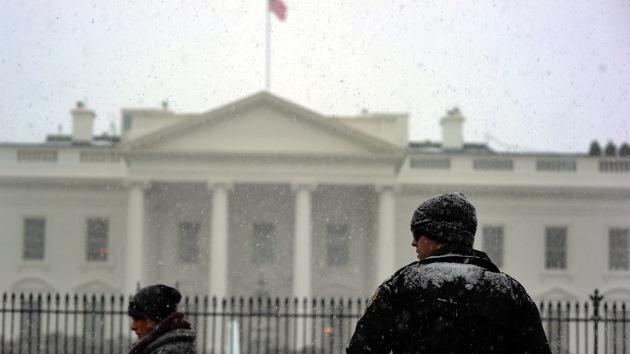 Cierran la Casa Blanca después de que un hombre tratara de saltar la verja de seguridad