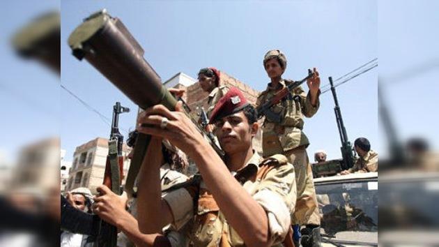 Yemen: un caza del ejército mata por error a 30 soldados en un ataque contra Al Qaeda