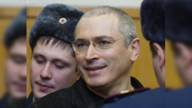 Sentencia condenatoria para Jodorkovski y Lébedev