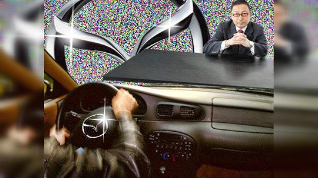 Un trabajador despedido atropella a 11 empleados de Mazda por venganza