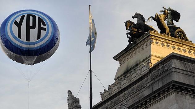 Cristina de Kirchner celebra la renovación del directorio de YPF