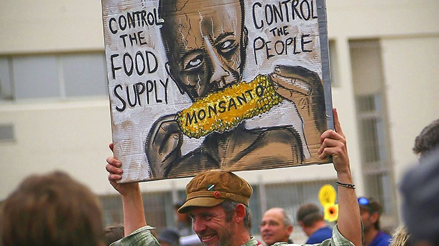 """El mundo grita """"no"""" a Monsanto y productos transgénicos"""