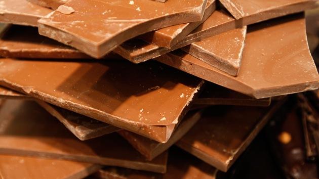 Que no cunda el pánico: Chocolate escasea, pero la ciencia tiene la solución