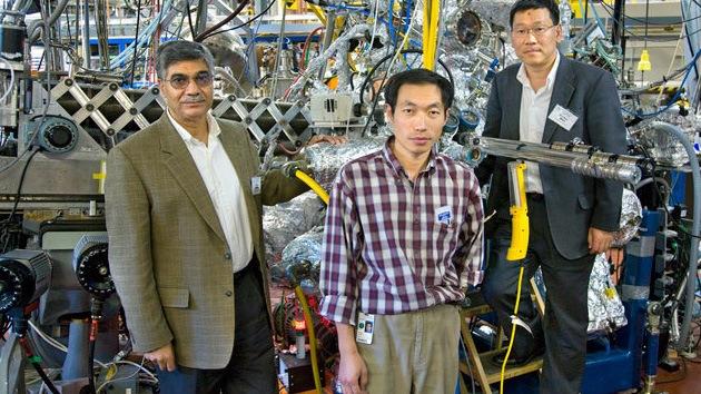 """Revolución en la electrónica: descubren """"grafeno en 3D"""""""