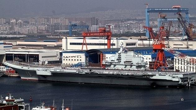 """China tiene planeado construir portaaviones """"más grandes"""""""