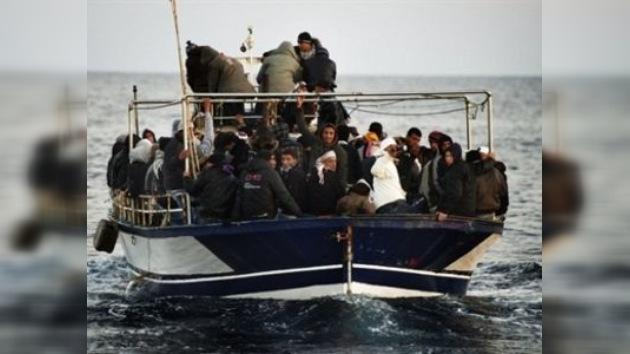 Culpan a la OTAN de dejar morir a 61 inmigrantes africanos en el Mediterráneo