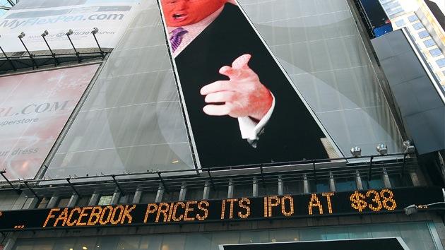 Las acciones de Facebook salen con cifra récord al mercado