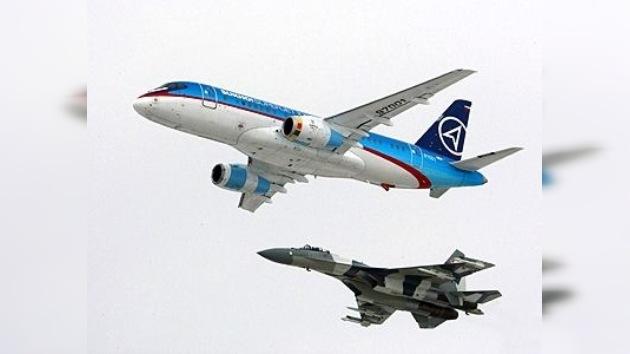 Sukhoi Superjet peleará contra Bombardier por el mercado aeronáutico de Bahréin