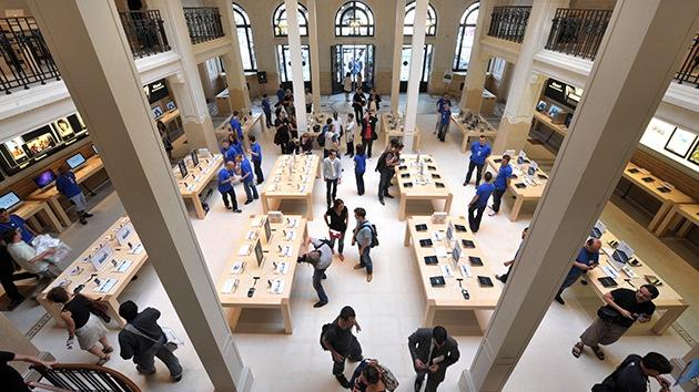 Roban una tienda de Apple en París y se llevan un millón de euros en material