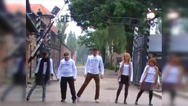 El vídeo 'Dancing Auschwitz' ha desenmascarado gran número de antisemitas