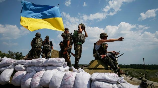 Poroshenko ordena cesar hostilidades en un radio de 40 kilómetros donde cayó el MH17