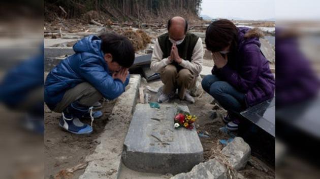 Asciende a 14.294 la cifra de muertos por la catástrofe en Japón
