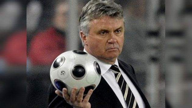 Hiddink rechaza la oferta de la Juventus