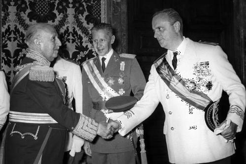 Manuel Fraga: seis décadas en el liderazgo