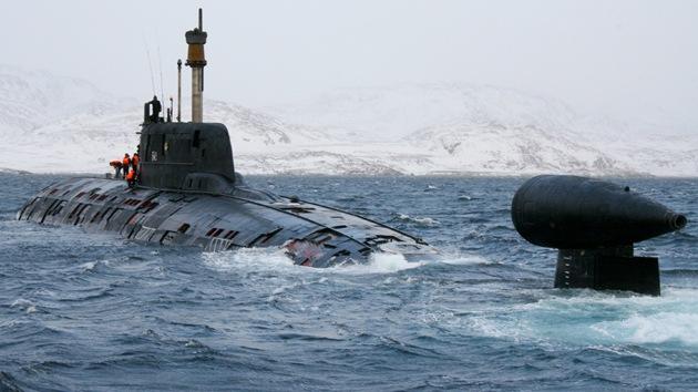 La Armada rusa recuperará submarinos nucleares con casco de titanio