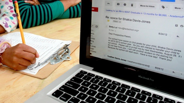 'E-mails' que recorren miles de kilómetros por rutas equivocadas antes de llegar