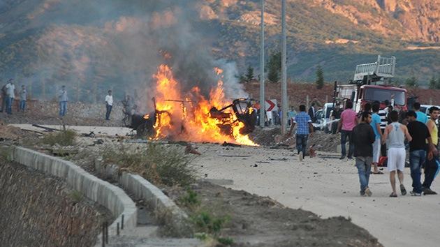 Turquía: una potente explosión contra un vehículo militar deja al menos 7 muertos