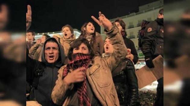 Madrid levanta la porra contra el 'no pasarán' de los desahuciados