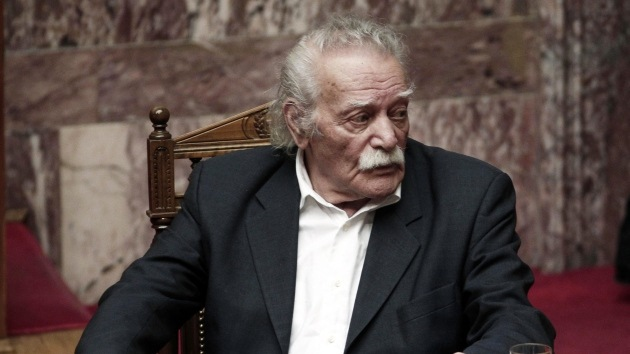 Un héroe nacional de Grecia pide a Rusia que no prohíba los productos griegos