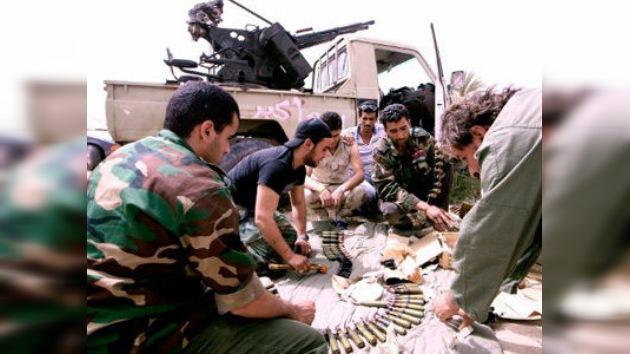 Libia: el CNT suspende el pago de premios a los rebeldes que lucharon contra Gaddafi