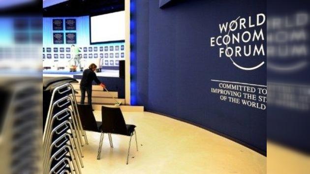 Davos abre su foro con la vista puesta en el euro