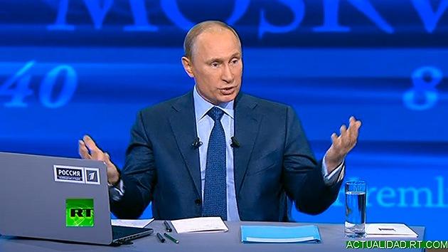 El presidente ruso Vladímir Putin responde a las preguntas de los ciudadanos