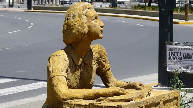 'Ecce Homo' a la argentina: La restauración de una estatua de Ana Frank desata la polémica