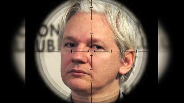 """Stratfor tenía una """"acusación secreta"""" contra Assange"""
