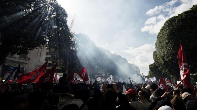 Fotos: Decenas de miles de islamistas se manifiestan en Túnez