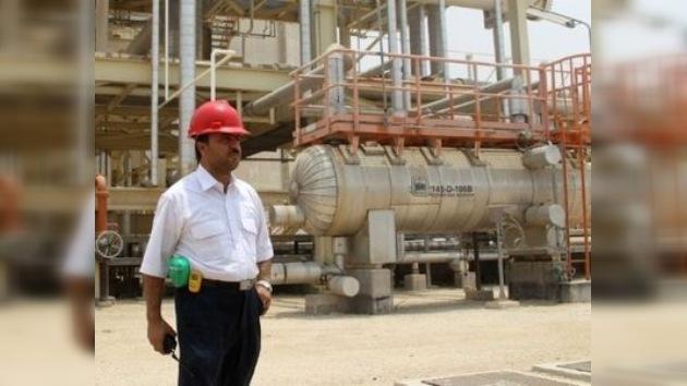 Irán dejará de suministrar petróleo a Europa por al menos cinco años