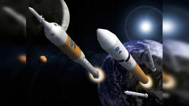 El cohete a la Luna está suspendido, no obstante ¡se mueve!