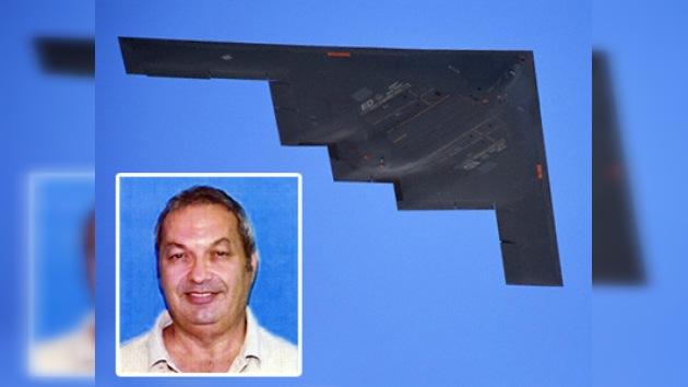 Diseñador de B-2 condenado por vender tecnología a China
