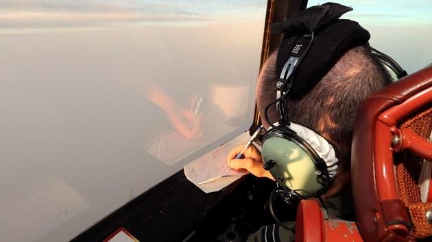 Un avión australiano detecta varios objetos durante la búsqueda del MH370