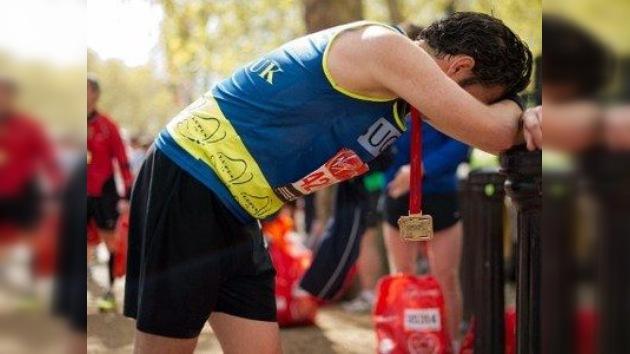 Tragedia a unos metros de la meta: Muere una mujer durante la maratón de Londres
