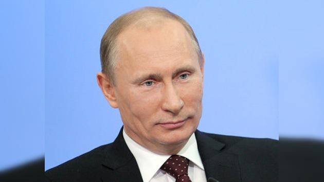 Vladímir Putin, primer candidato registrado para las presidenciales rusas