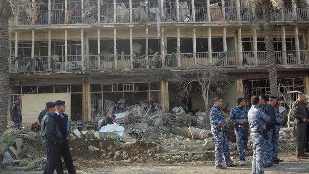 Al menos 76 muertos en un atentado frente a una mezquita suní en Irak