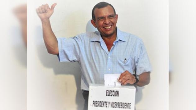 Porfirio Lobo declarado nuevo Presidente de Honduras