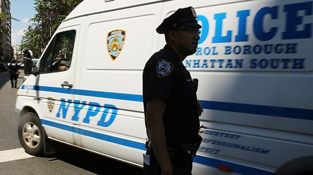 Video: Brutalidad policial en EE.UU. casi asfixia a asmática al ser detenida por error