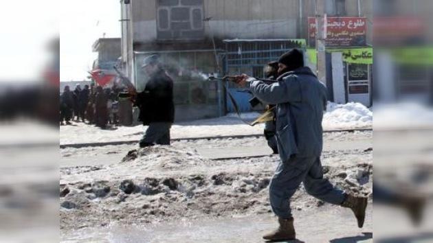 Militar afgano asesina a tiros a dos soldados de EE.UU. en venganza por la quema del Corán